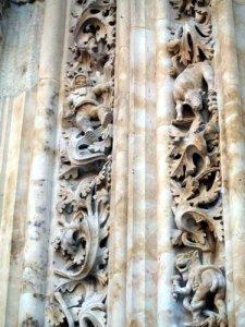 detalle del portico de la catedral de salamanca